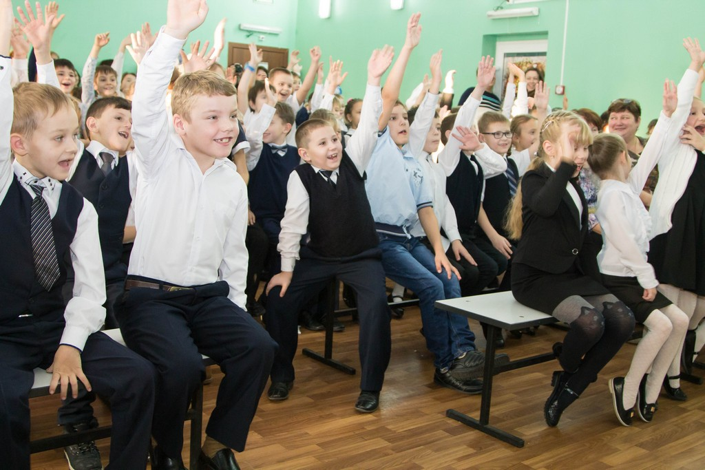 Открытие детского клуба 'Фабрика миров'